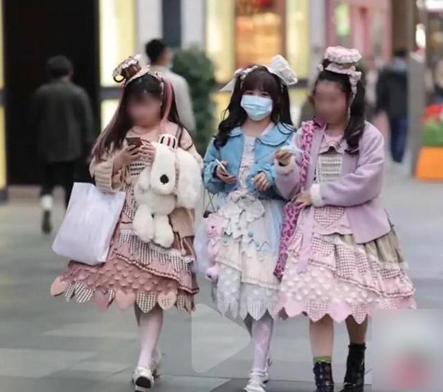 2021 白丝洛丽塔软妹的美腿每日福利送不停 4