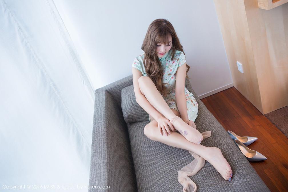2021 丝袜女神花色旗袍脚上的纹身尤其性感 12