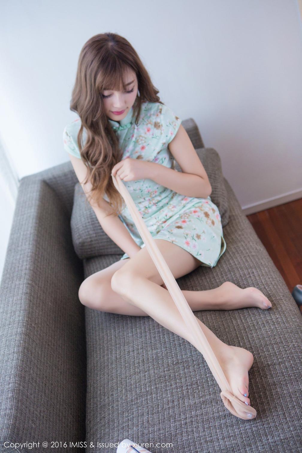 2021 丝袜女神花色旗袍脚上的纹身尤其性感 8