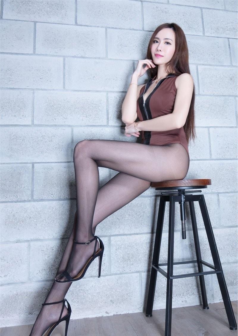 The best long legs high tender tender stockings fat hips rhyme body photo