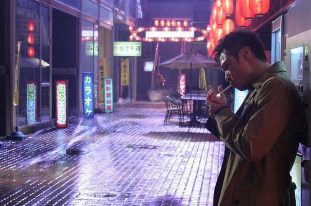 盘点电影中男明星吸烟很帅的12个镜头你看过几部? 28