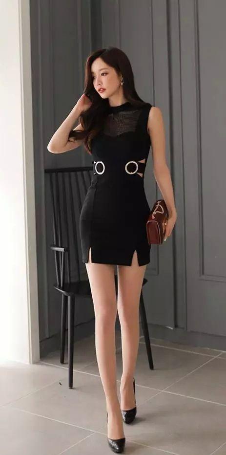 炎炎夏日女生为什么总喜欢穿超短裙! 3