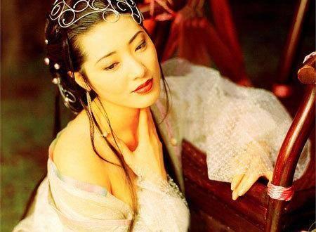细数90年代一脱成名的女星这些香港女星哪一个你不认识? 5