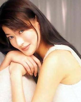 细数90年代一脱成名的女星这些香港女星哪一个你不认识? 4