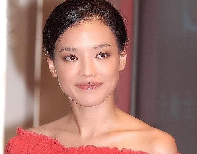 细数90年代一脱成名的女星这些香港女星哪一个你不认识? 9