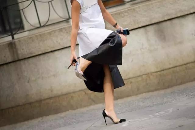 """网袜之后肉丝要火?这4大趋势单品要让你女朋友秒变""""老奶奶""""style 16"""