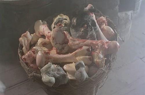倩女幽魂女鬼色誘男人姥姥纔吃他們的原因 18