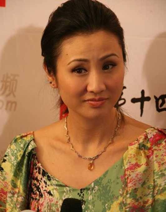 细数90年代一脱成名的女星这些香港女星哪一个你不认识? 8