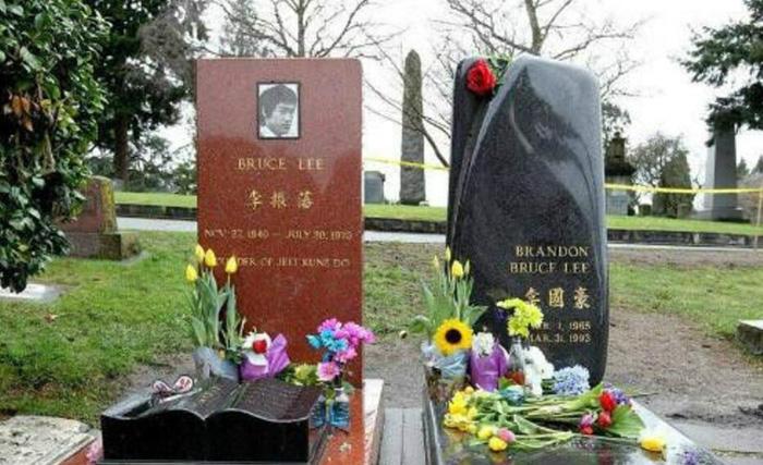 李小龙李国豪父子为什么会突然暴死?原来是这样 18
