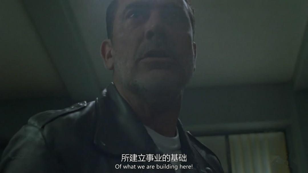 行尸走肉第八季第5集剧情之尼根查内奸自救,神父与尼根斗法 1