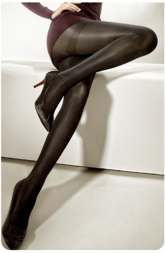 蔡凡熙收女粉情趣内裤照 惊见裸臀还想看「这里」 1