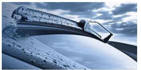 人人车:关于雨刷的类型和使用知识点 1