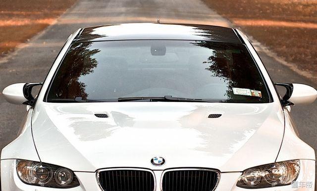 为什么新手买二手车看里程表高手却看车玻璃? 1