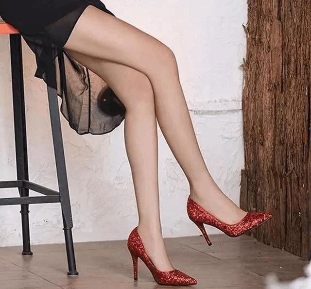 一天一个美丽姿态 高跟鞋甜蜜打扮女神范十足 4