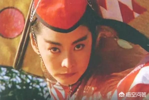 新笑傲江湖》实在看不下去 找林青霞的《东方不败》来洗眼睛 3