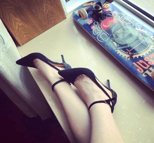 一天一个美丽姿态 高跟鞋甜蜜打扮女神范十足 6
