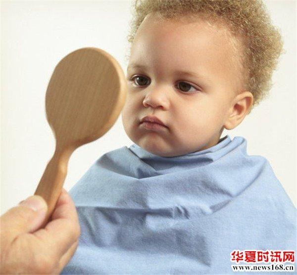 宝宝到底适合在家理发还是在理发店理发宝妈们你知道吗? 1