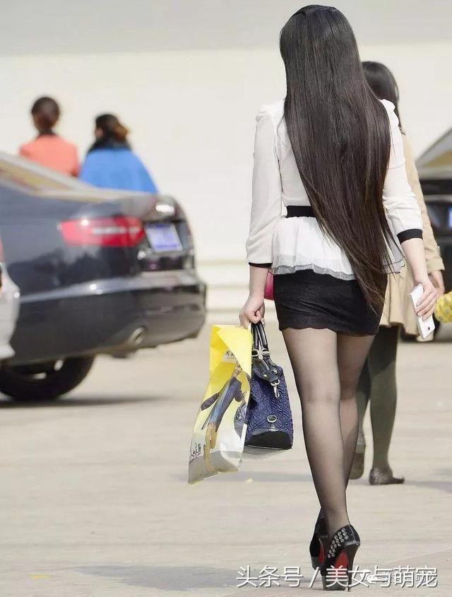 街拍包臀裙丝袜美女你也可以这么美 6