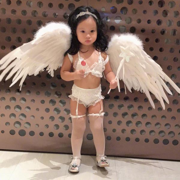 真相 关颖给女儿穿吊带丝袜被吐槽可真正的超模扮得是个鬼啊! 2