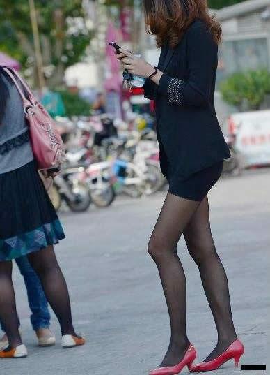 女人爱穿黑裤袜可穿对的没几个:女生不可以乱穿 3