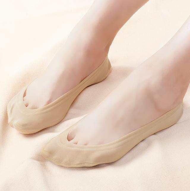 玉足搭配性感短丝袜 让你做一个冰爽的夏季女神 6
