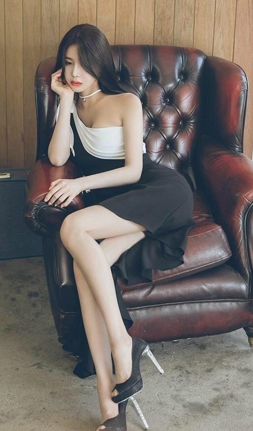 小清新吊带连衣裙美女风姿绰约美丽随性时尚减龄有魅力! 12