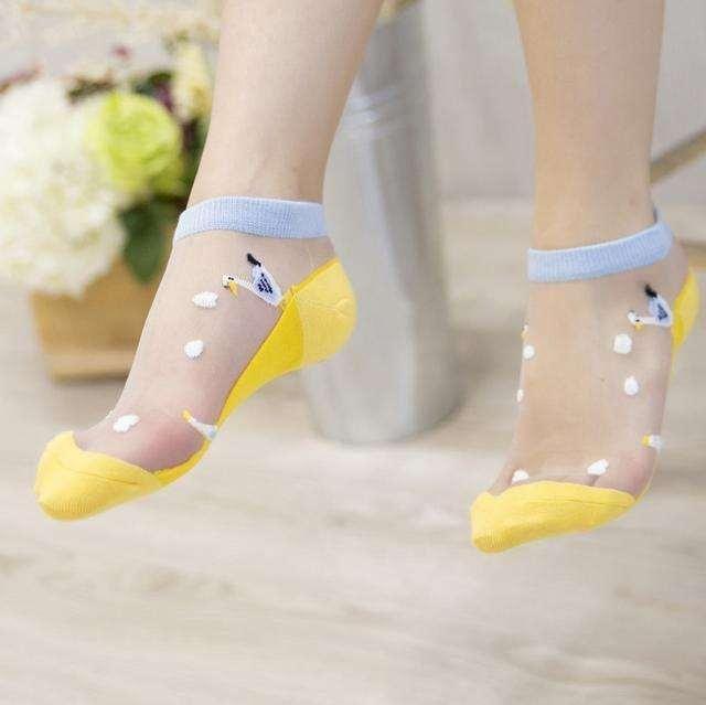 玉足搭配性感短丝袜 让你做一个冰爽的夏季女神 4