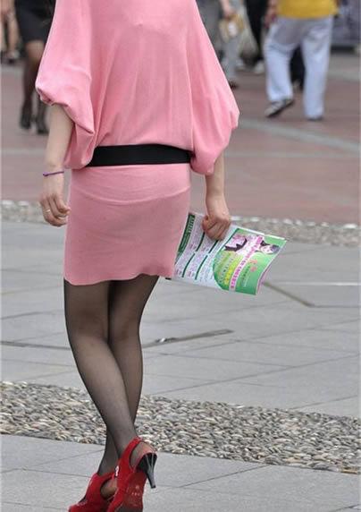 女人爱穿黑裤袜可穿对的没几个:女生不可以乱穿 1