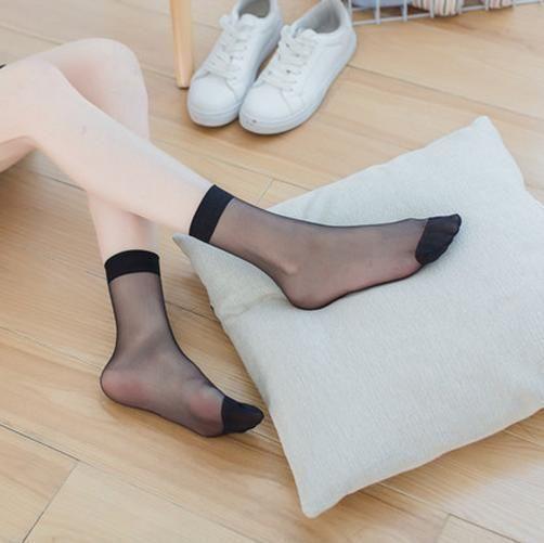 连裤袜、薄款短袜带给你脚底生风的别样体验 4