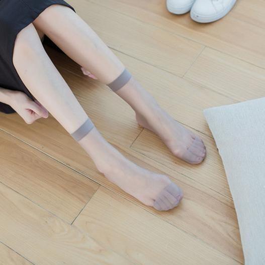 连裤袜、薄款短袜带给你脚底生风的别样体验 6