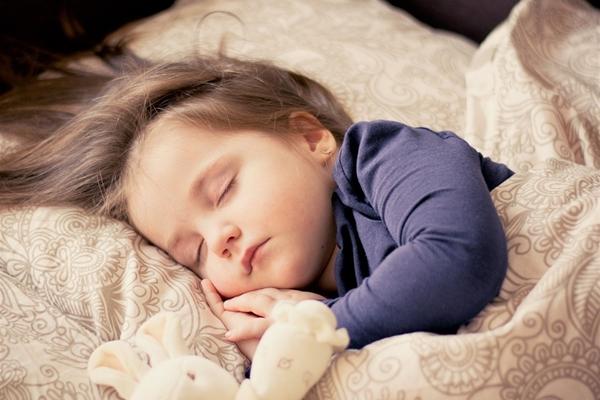 法国妈妈育儿秘密,法国宝宝不哭闹的9个原因 1