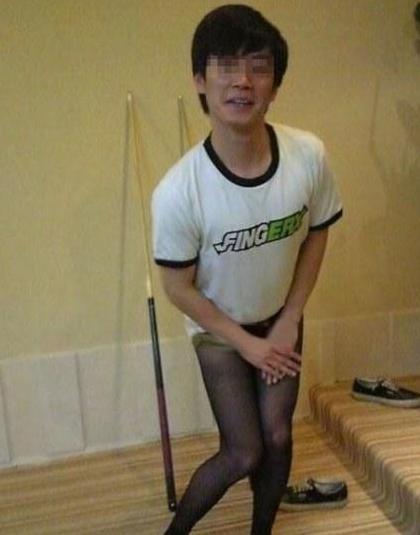 企鹅娘吐槽:为了诱惑?其实女人根本不喜欢穿丝袜! 6