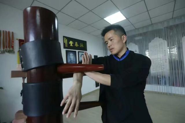 江湖传武大师,上擂台不到10秒变着花样被KO 2