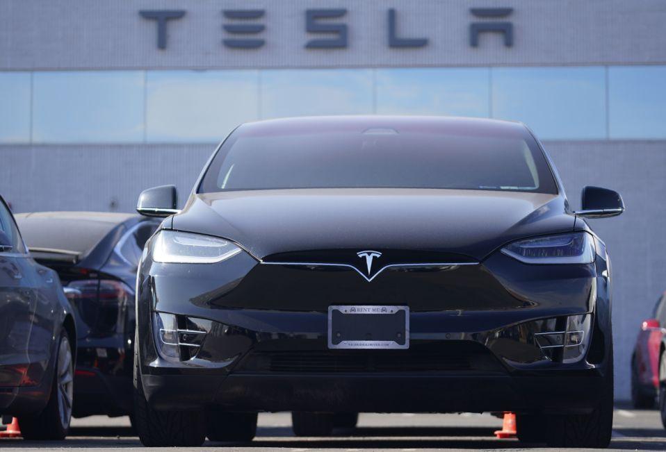 特斯拉如何对抗电动汽车竞争对手