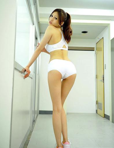 濑亚美莉的美腿秘诀 1